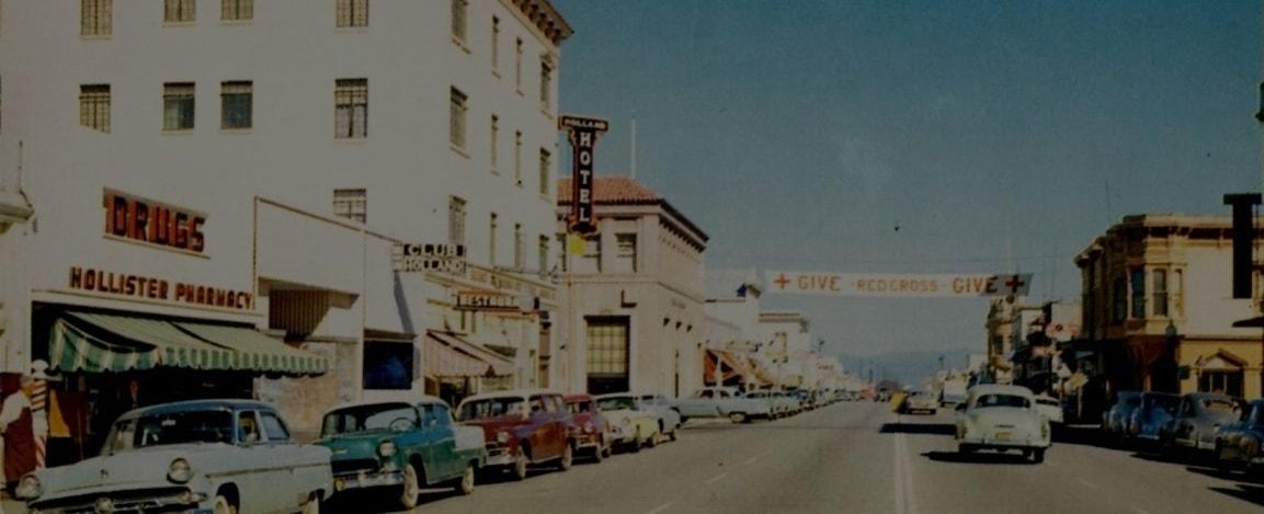 View of San Benito Street in Hollister, California circa 1950